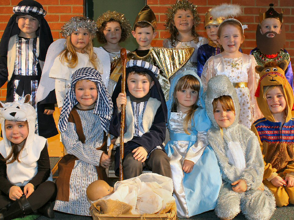 Nursery and reception pupils take to the stage