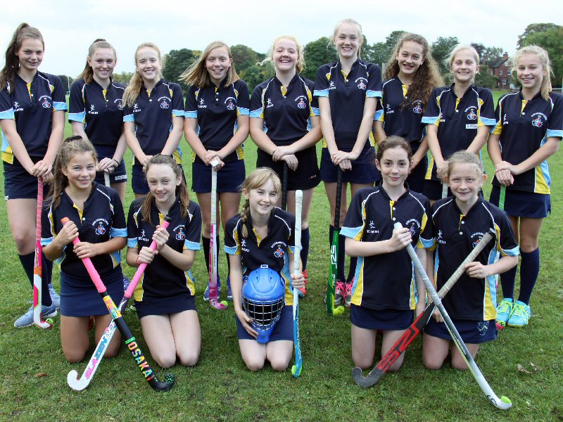 Girls hockey squads reach regional finals