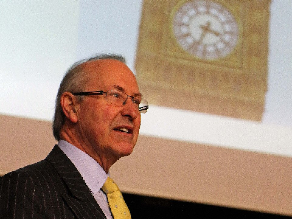 Lord Best discusses Westminster process and life with students at Richmond School and Sixth Form College