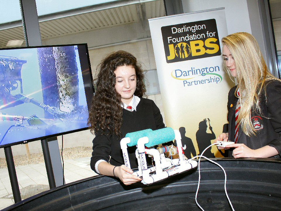 Students from Wyvern Academy get hands-on experience of the subsea industry