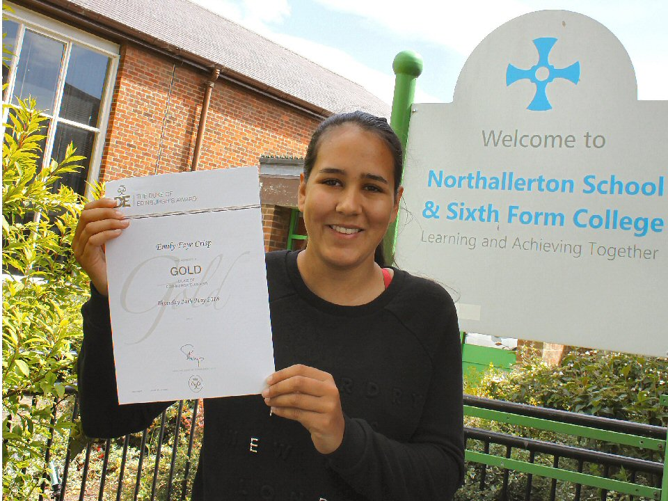 Northallerton School and Sixth Form College golden girl picks up award from the palace