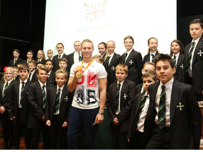 Paralympian gives students golden advice